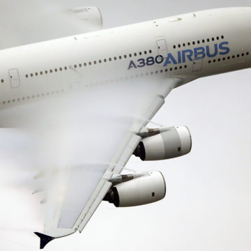 Airbus could abandon A380 superjumbo amid lackluster sales