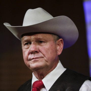 Roy Moore in uphill battle to woo skeptical Alabama voters