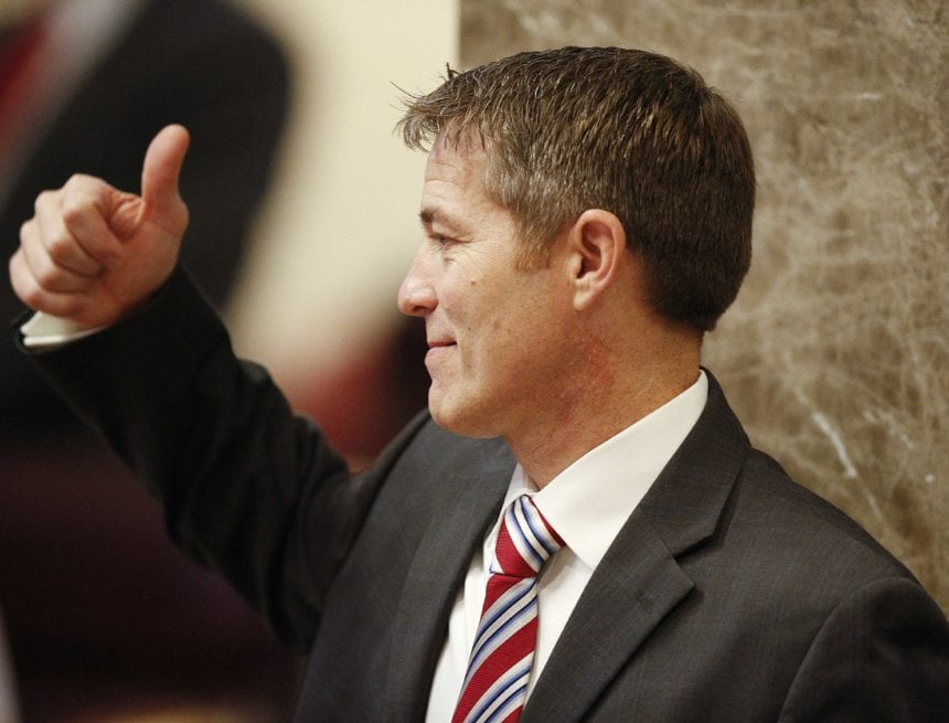 Former Alabama lawmaker pleads guilty in health fraud case