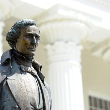 Episcopal church removes pew honoring Jefferson Davis
