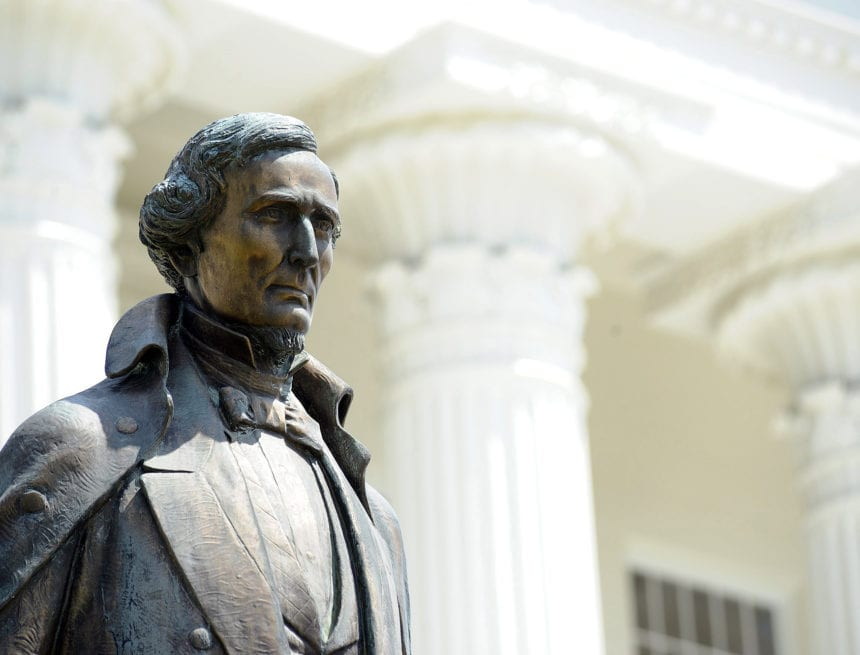 Alabama Confederate statue law to stay in effect amid appeal