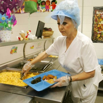 Sponsor: Bill would get schools' unused food to hungry children