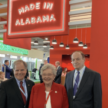 Paris Air Show: Day 1 features several high profile meetings for Team Alabama