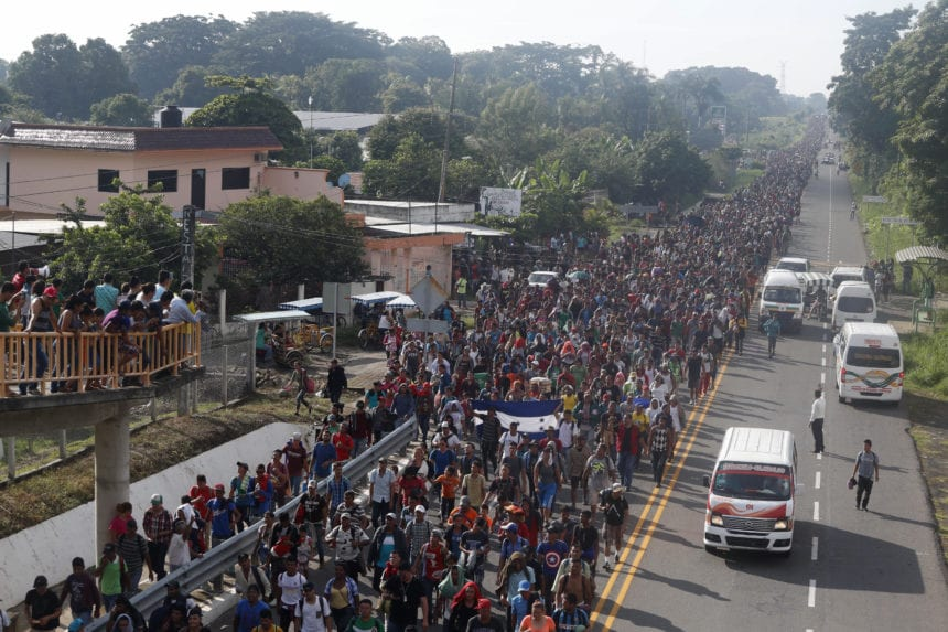 Migrant caravan swells to 5,000, resumes advance toward US