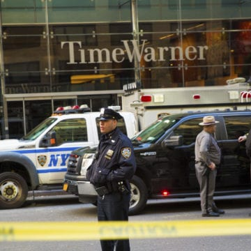 Pipe bombs target Democrats, CNN as political tensions mount