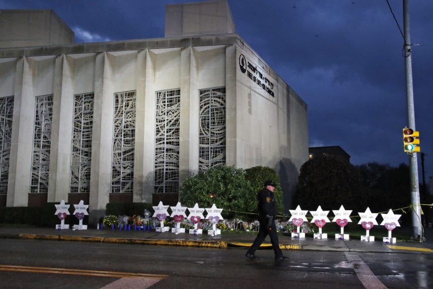 The Latest: Feds to seek death penalty in synagogue shooting