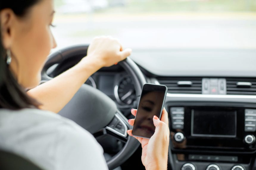 Distracted driving bill passes House