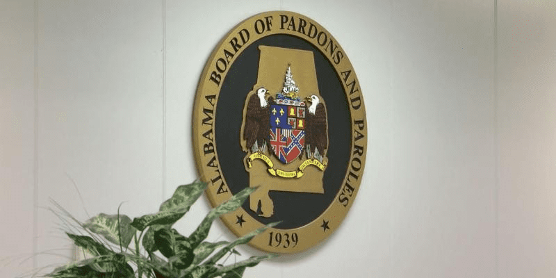 Pardons and Paroles overhaul bill advances