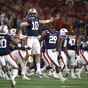 Bo knows: Nix rallies No. 16 Auburn 27-21 over No. 11 Ducks