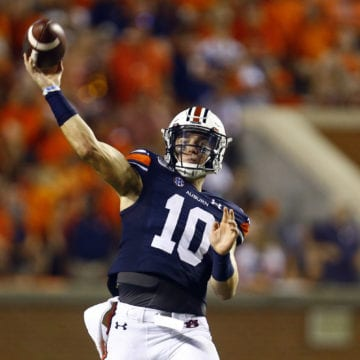 Ninth-ranked Auburn and Minnesota to meet in Outback Bowl