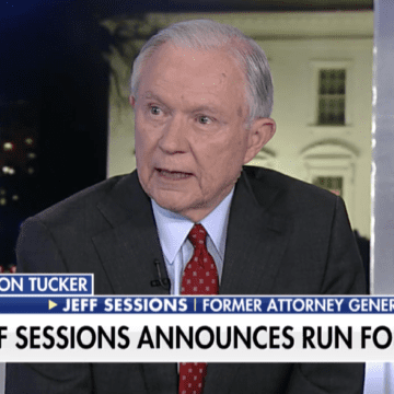 Sessions announces run for his former Senate seat