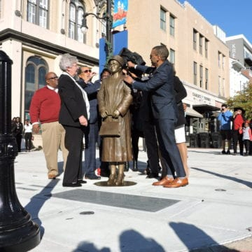Statue of Civil Rights icon Rosa Parks unveiled in Capital City