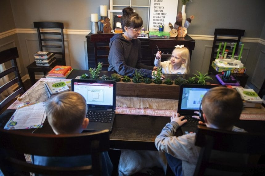 Nine companies submit bids for statewide virtual school
