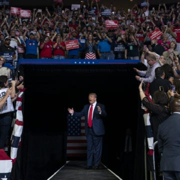 Trump zeroes in on base to overcome reelection obstacles