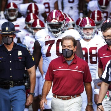 No. 2 Alabama visits Tennessee trying to continue win streak