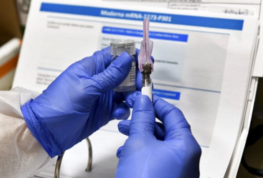 2nd coronavirus vaccine shows early success in U.S. tests