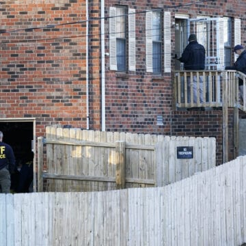Nashville bombing investigation prompts FBI to search home