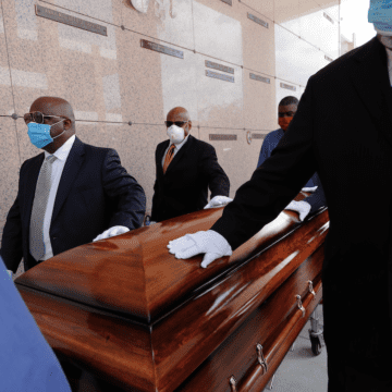 Virus, homicides, drugs put strains on funeral homes